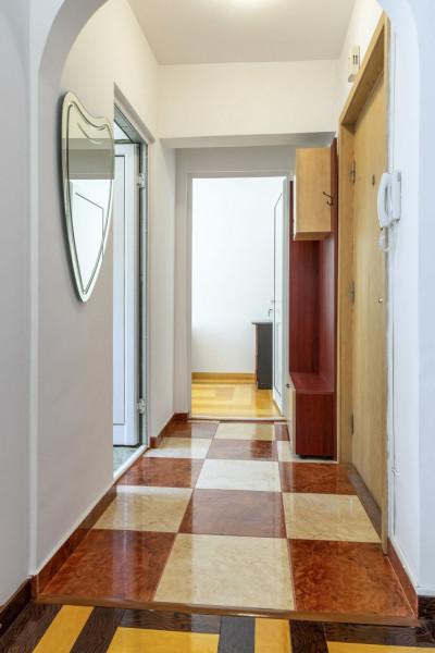 Vanzare apartament 3 camere cu garaj Parc Kisselef