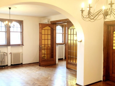 Inchiriere apartament cu stil Romana Catargiu stradal
