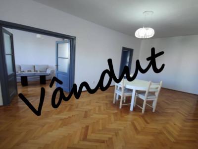 Vanzare apartament 2 camere Eminescu Romana