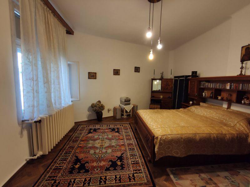 Vanzare apartament 5 camere ultracentral